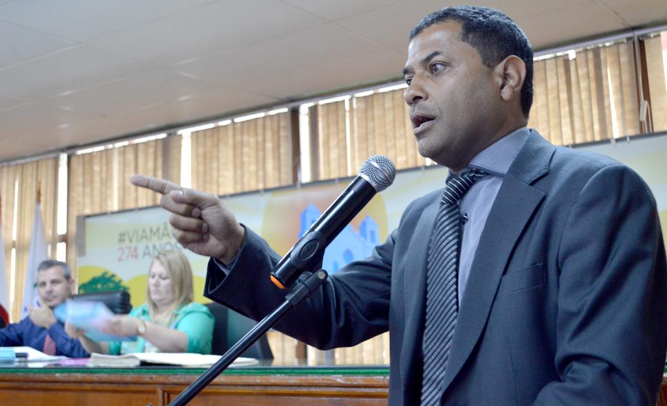Vereador Armando tribuna sobre UPA_web