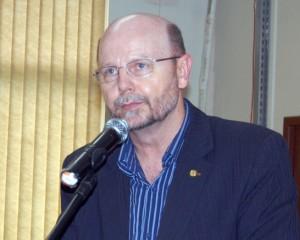 Elvino Bohn Gass viamao